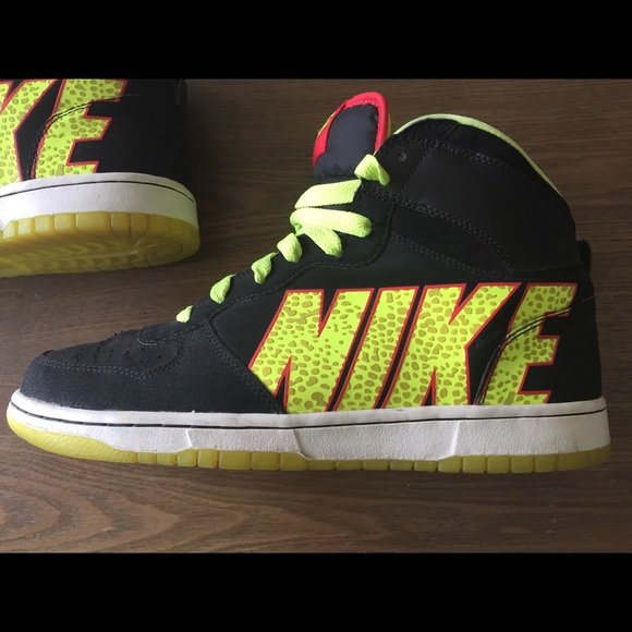 Nike Other - Nike Neon Green Red Black Reptile Pattern Hi Tops